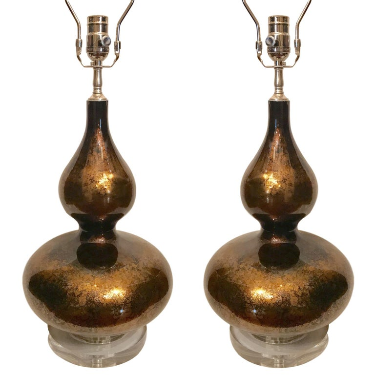 Pair of Moderne Glass Lamps For Sale