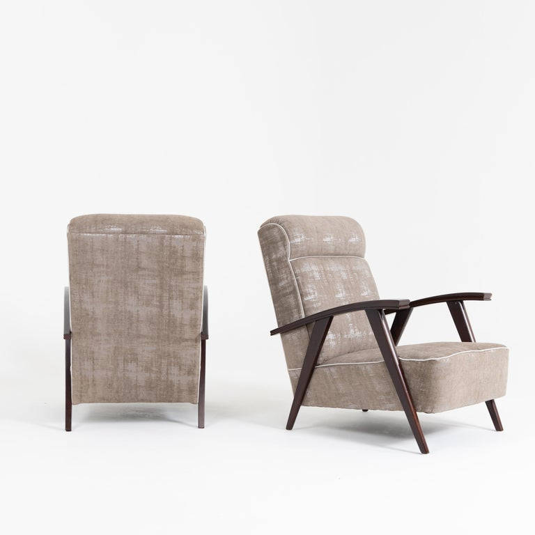 Pair of Modernist Armchairs Attributed to Jacques Adnet For Sale 3