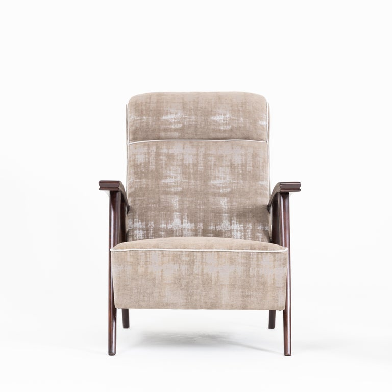 Pair of Modernist Armchairs Attributed to Jacques Adnet In Good Condition For Sale In New York, NY
