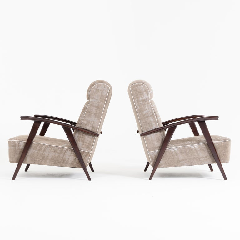 Mid-20th Century Pair of Modernist Armchairs Attributed to Jacques Adnet For Sale
