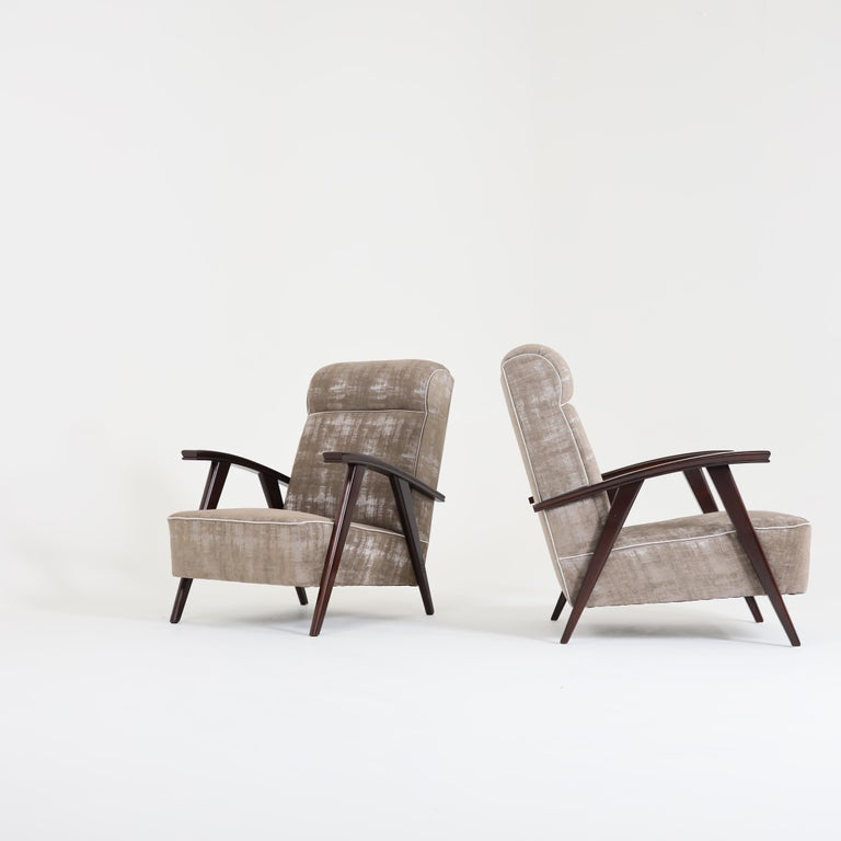 Beech Pair of Modernist Armchairs Attributed to Jacques Adnet For Sale