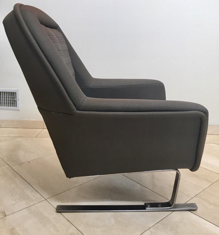 Pair of Modernist Cantilever Club Lounge Chair Augusto Bozzi Style, 1970 For Sale 9