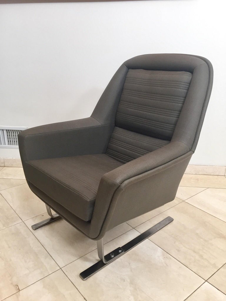 Pair of Modernist Cantilever Club Lounge Chair Augusto Bozzi Style, 1970 For Sale 2