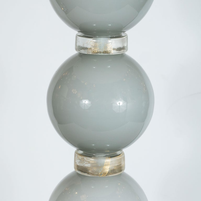 Pair of Modernist Dove Grey Murano Glass Table Lamps with 24-Karat Gold Bands In New Condition For Sale In New York, NY