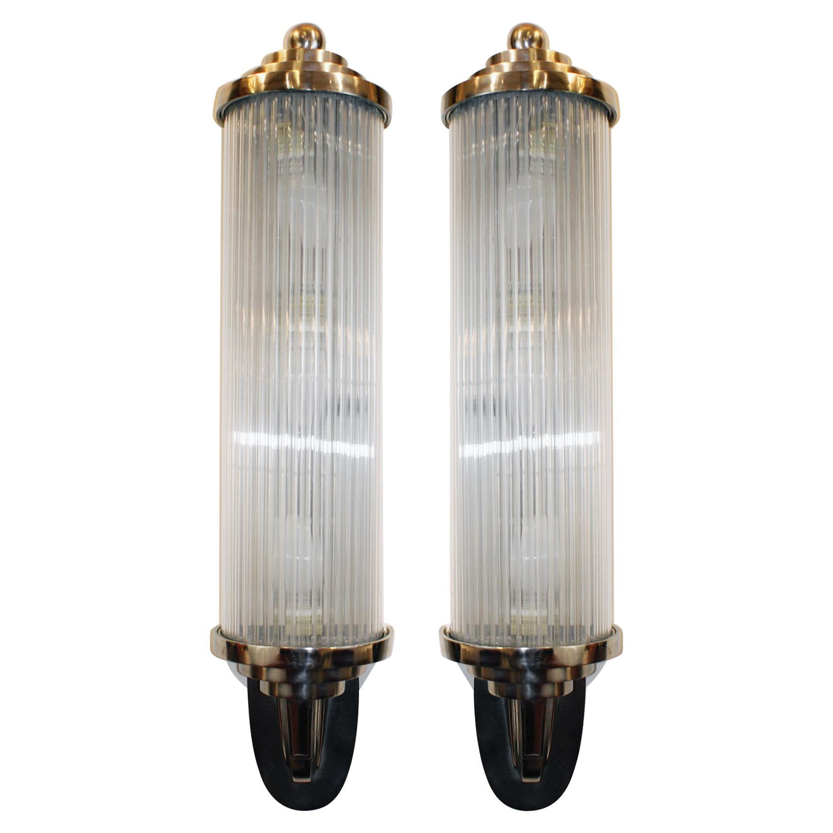 Pair of Modernist French Art Deco Wall Lights Attributed to Petitot