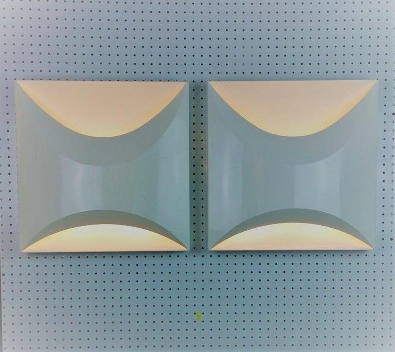 Pair of Modernist Square RAAK Amsterdam White Sconces / Flushmount Lighting For Sale 3