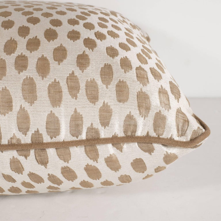 Contemporary Pair of Modernist Square Pillows in Ecru and Muted Gold Tones with Piping Detail For Sale