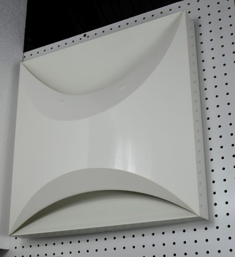 Pair of Modernist Square RAAK Amsterdam White Sconces / Flushmount Lighting For Sale 2