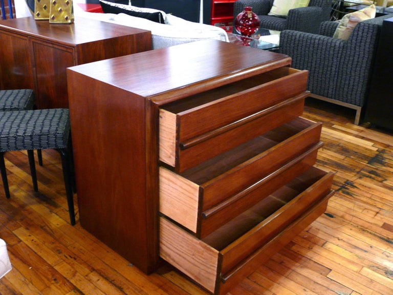 Walnut Pair  Three-Drawer Chests  or Dressers by T.H. Robsjohn-Gibbings For Sale