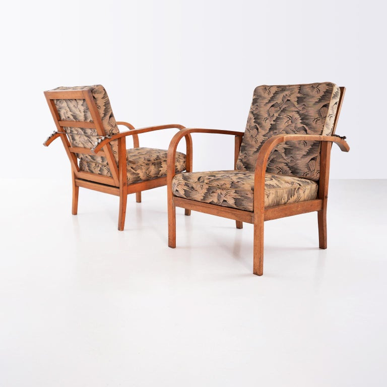 Pair of modernist wooden armchairs by Jan Vanek with original upholstery. The armchairs were manufactured by UP Závody Brno, circa 1935.