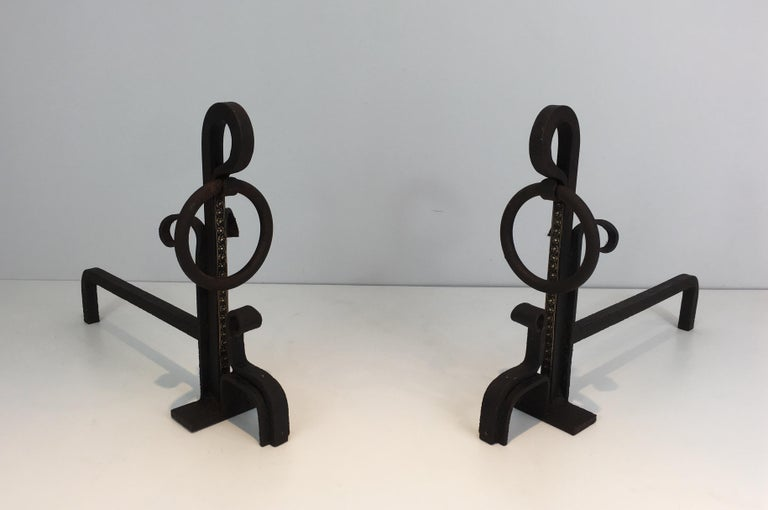 Arts and Crafts Pair of Modernist Wrought Iron and Brass Andirons, French, circa 1900 For Sale
