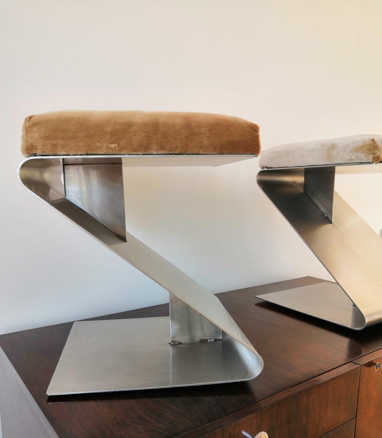Pair of Modernist Z Shaped Stools Attributed to M. Boyer, France 1970s 3