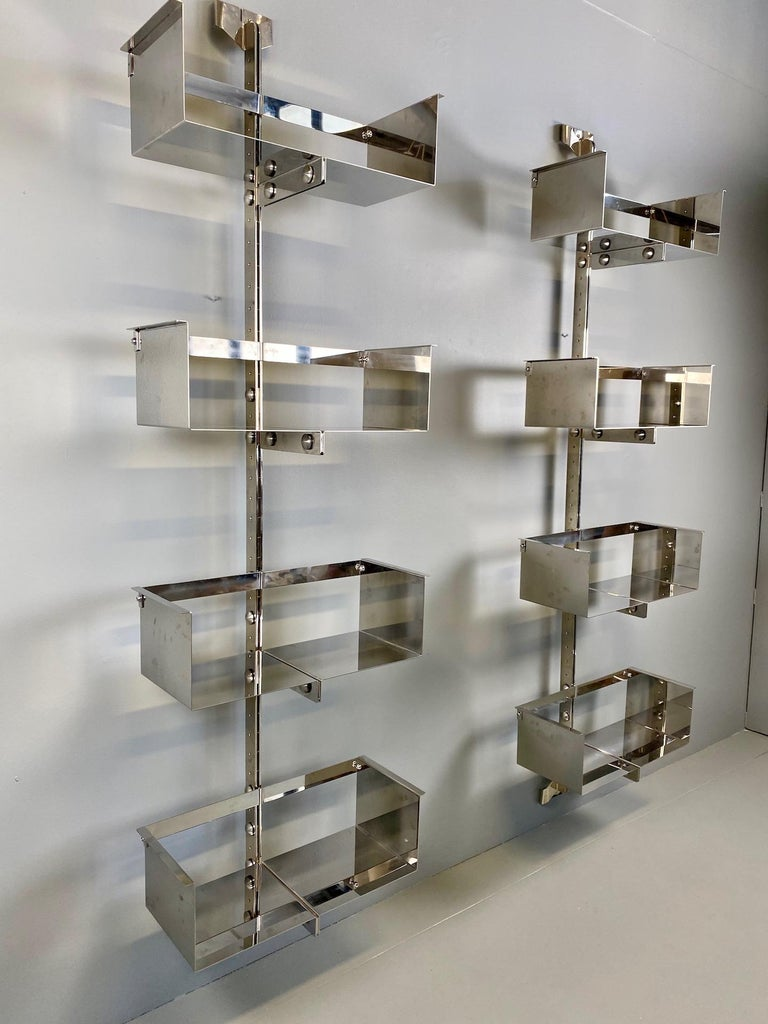 Pair of Modular Wall-Mounted Shelving System by Vittorio Introini for Saporiti In Excellent Condition For Sale In Rovereta, SM