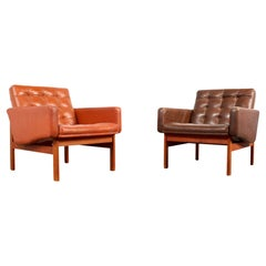 Pair of 'moduline' Lounge Chairs in Teak