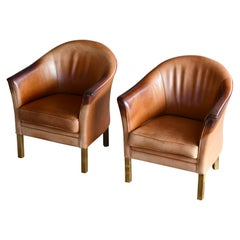 Pair of Mogens Hansen Queen Lounge Chairs Model MH80 in Tan Leather with Patina