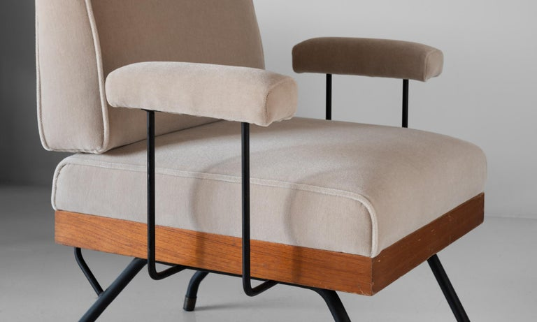 Pair of Mohair, Metal, and Wood Modern Armchairs, Italy, circa 1960   For Sale 2