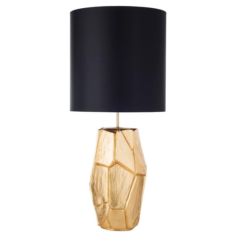 Pair of monolithe ceramic table lamps with shade.