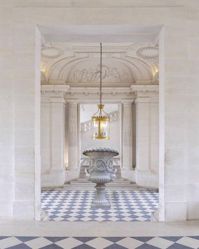 Pair of Monumental White Marble Vases For Sale 3