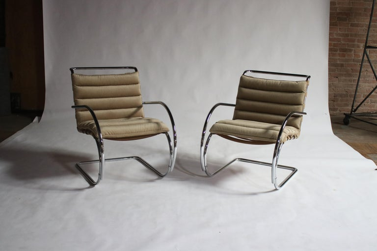 Pair of MR Lounge Armchairs by Mies van der Rohe For Sale 3