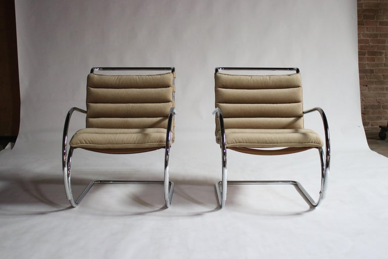 Late 20th Century Pair of MR Lounge Armchairs by Mies van der Rohe For Sale