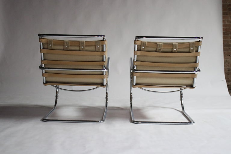 Pair of MR Lounge Armchairs by Mies van der Rohe For Sale 1