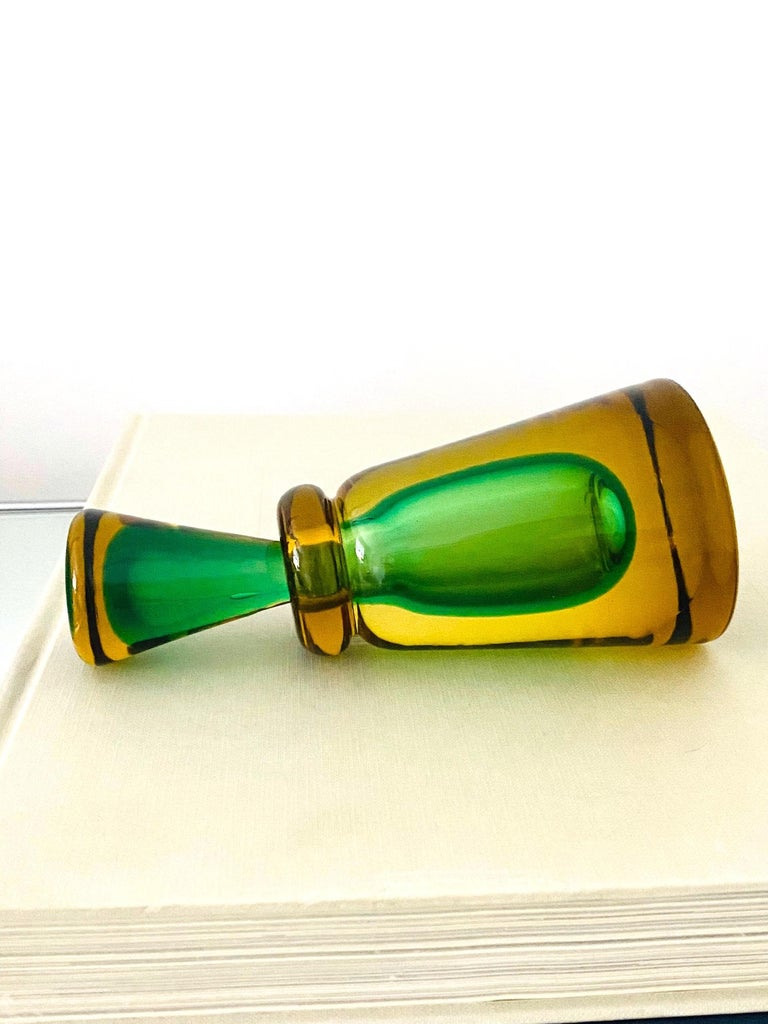 Pair of Murano Glass Bottles in Green and Yellow by Flavio Poli, Italy, c. 1960 For Sale 3
