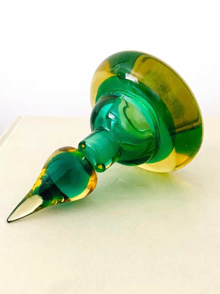 Pair of Murano Glass Bottles in Green and Yellow by Flavio Poli, Italy, c. 1960 For Sale 6