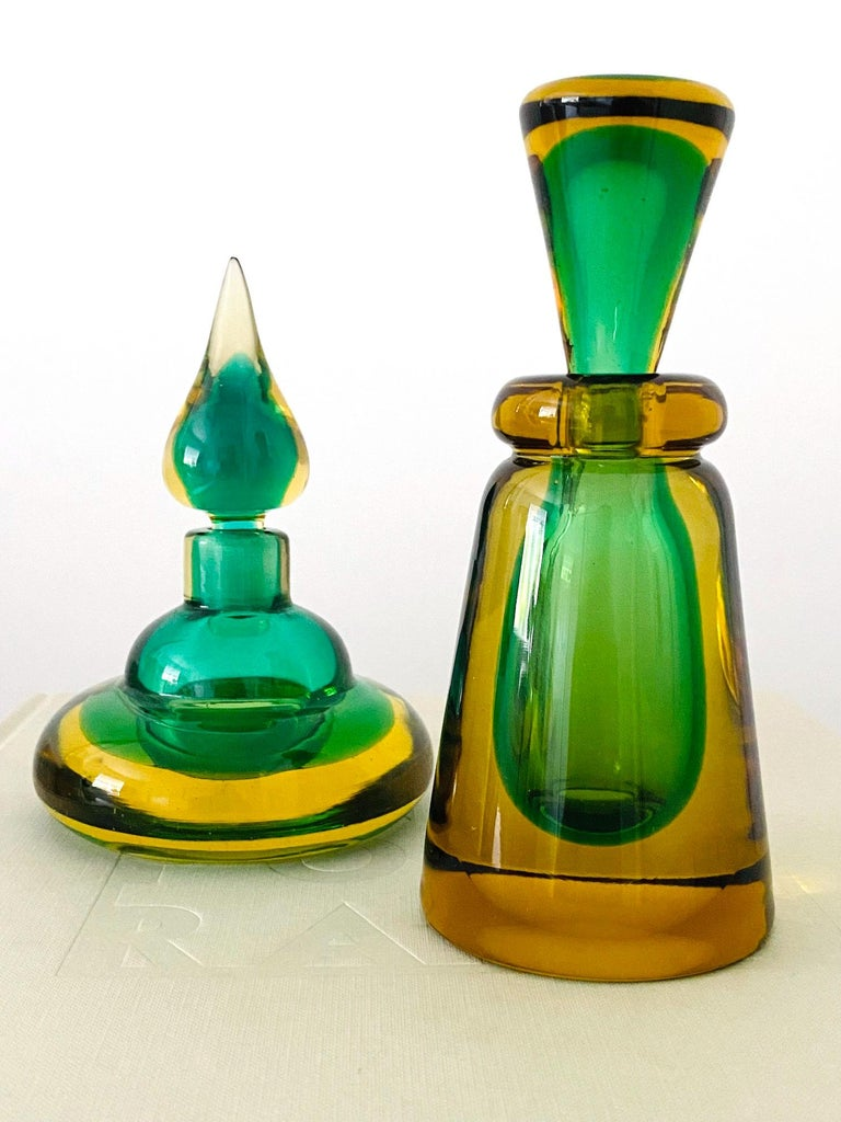 Mid-Century Modern Pair of Murano Glass Bottles in Green and Yellow by Flavio Poli, Italy, c. 1960 For Sale