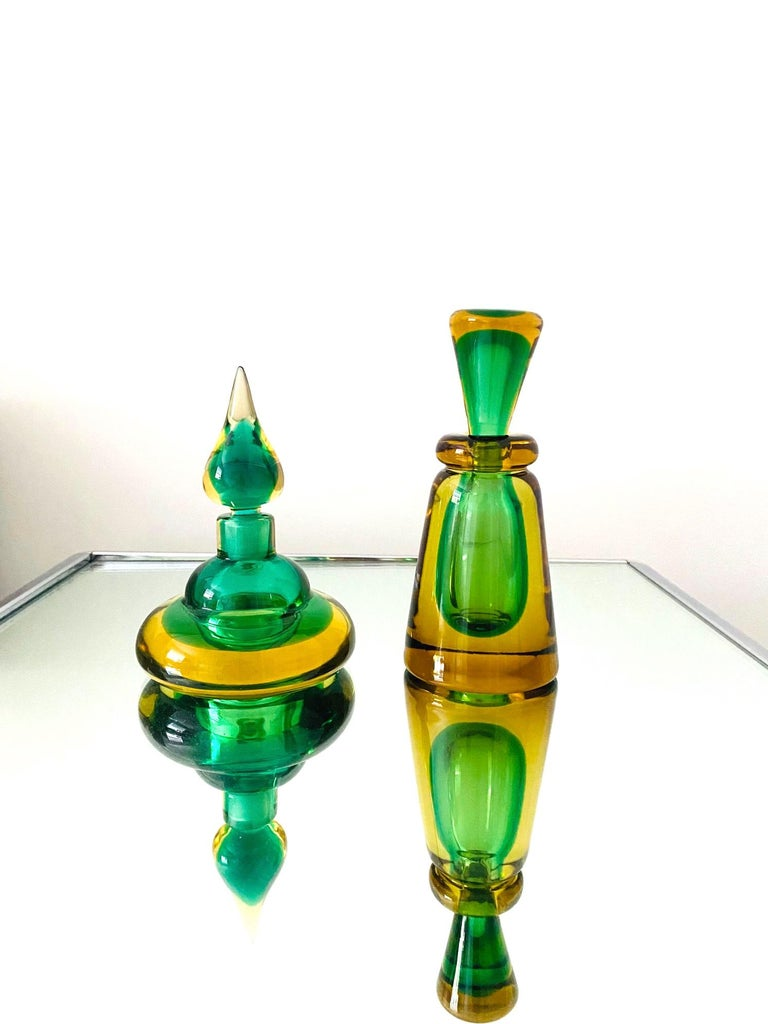 Mid-20th Century Pair of Murano Glass Bottles in Green and Yellow by Flavio Poli, Italy, c. 1960 For Sale