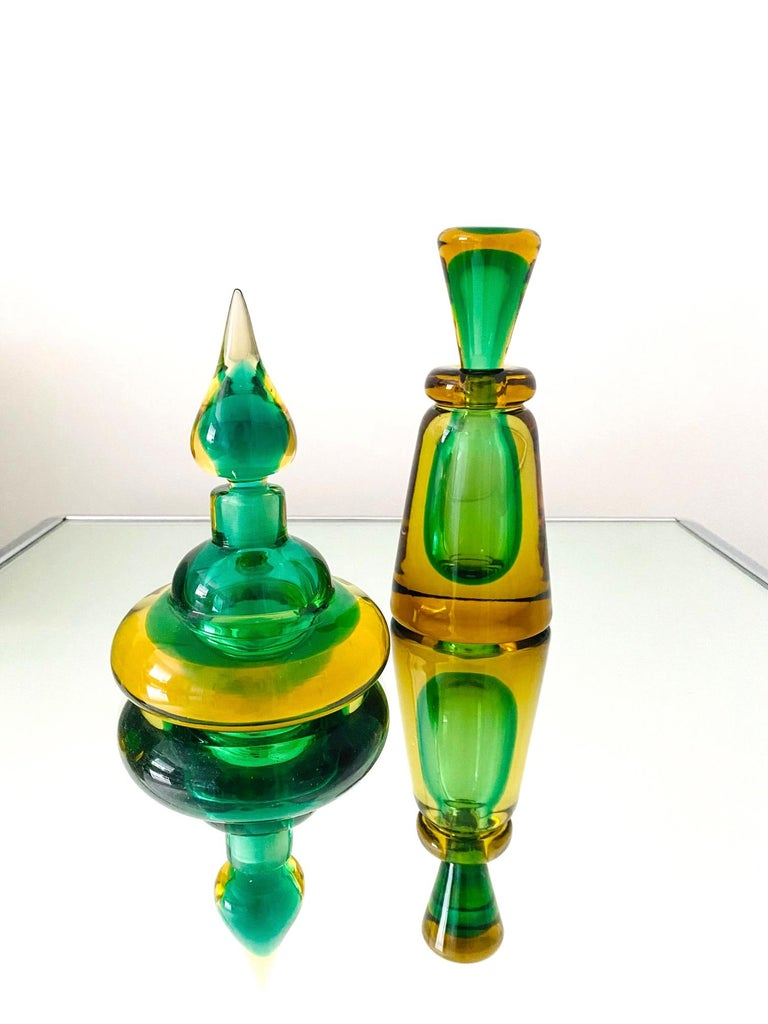 Pair of Murano Glass Bottles in Green and Yellow by Flavio Poli, Italy, c. 1960 For Sale 1