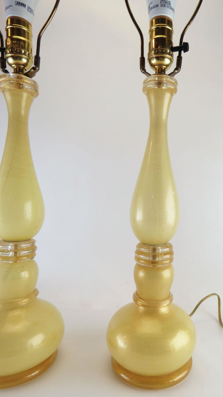 Blown Glass Pair of Murano Gold Dust Table Lamps, circa 1950s For Sale
