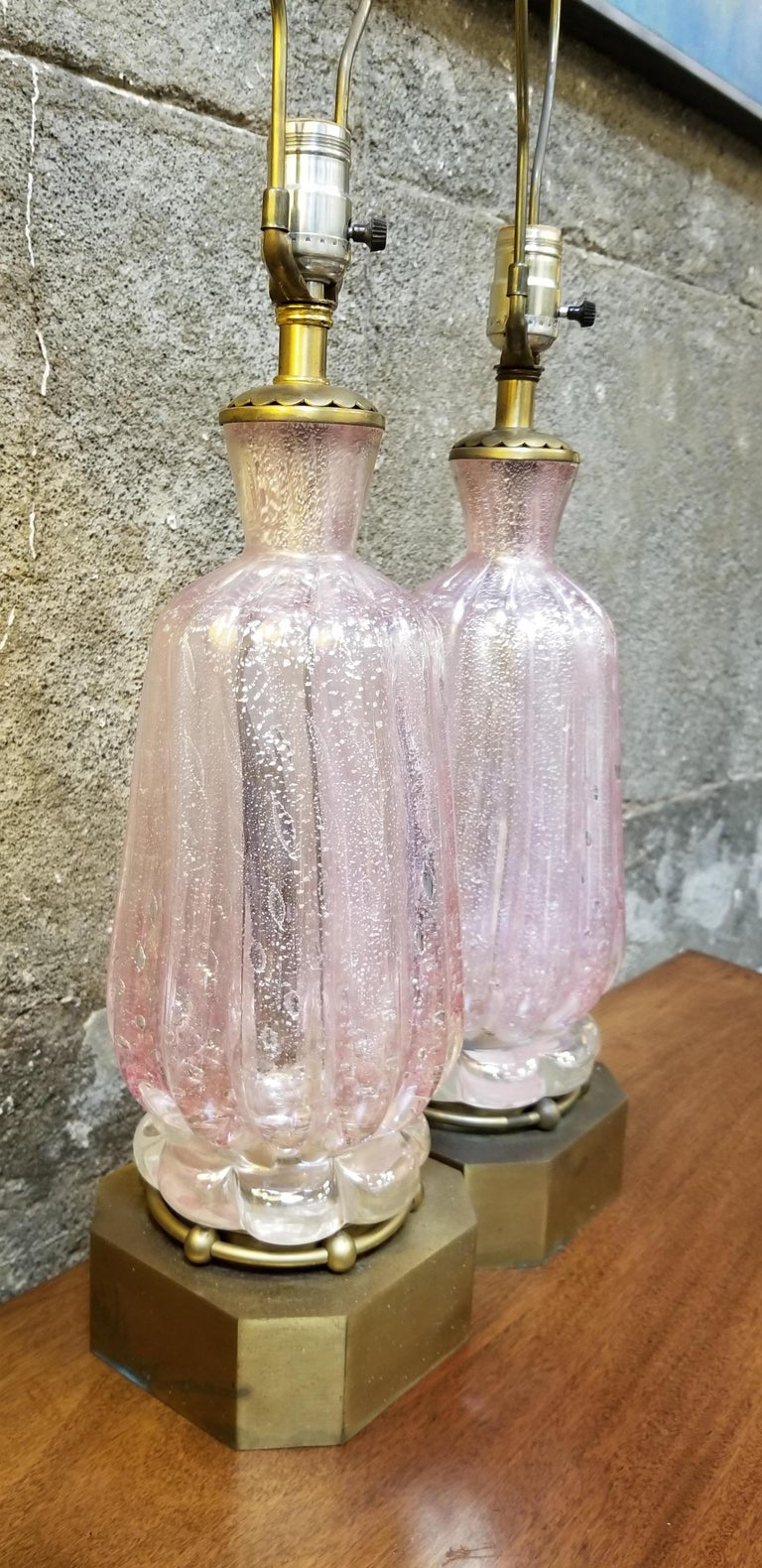 Italian Pair of Murano Silver Leaf Hand Blown Pink Bubble Glass Table Lamps For Sale