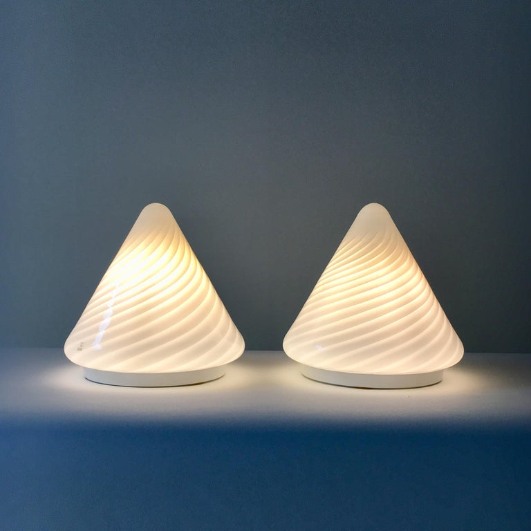 Pair of Murano Vetri Glass Cone Lamps In Good Condition In , Wiltshire