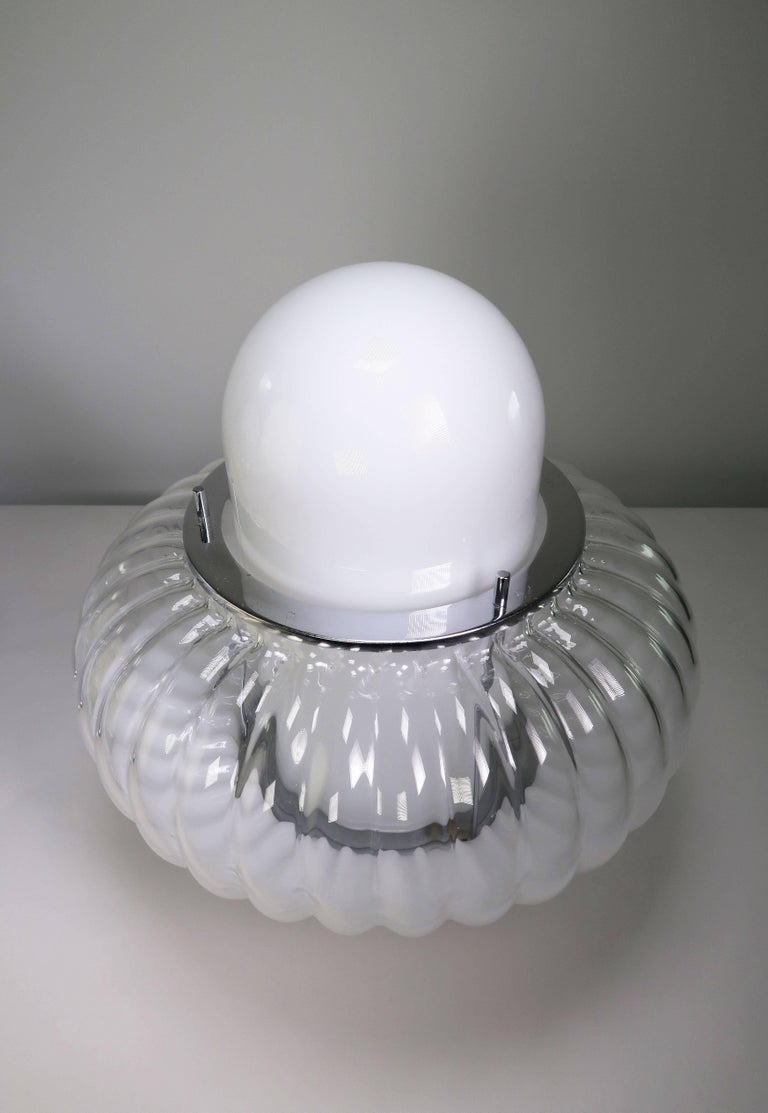 Mid-Century Modern Carlo Nason for Mazzega Murano Clear, White Midcentury Space Age Lamps, 1960s For Sale