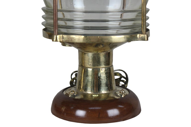 Pair of Nautical Brass Ship's Post Lights, 1970s In Good Condition For Sale In Nantucket, MA