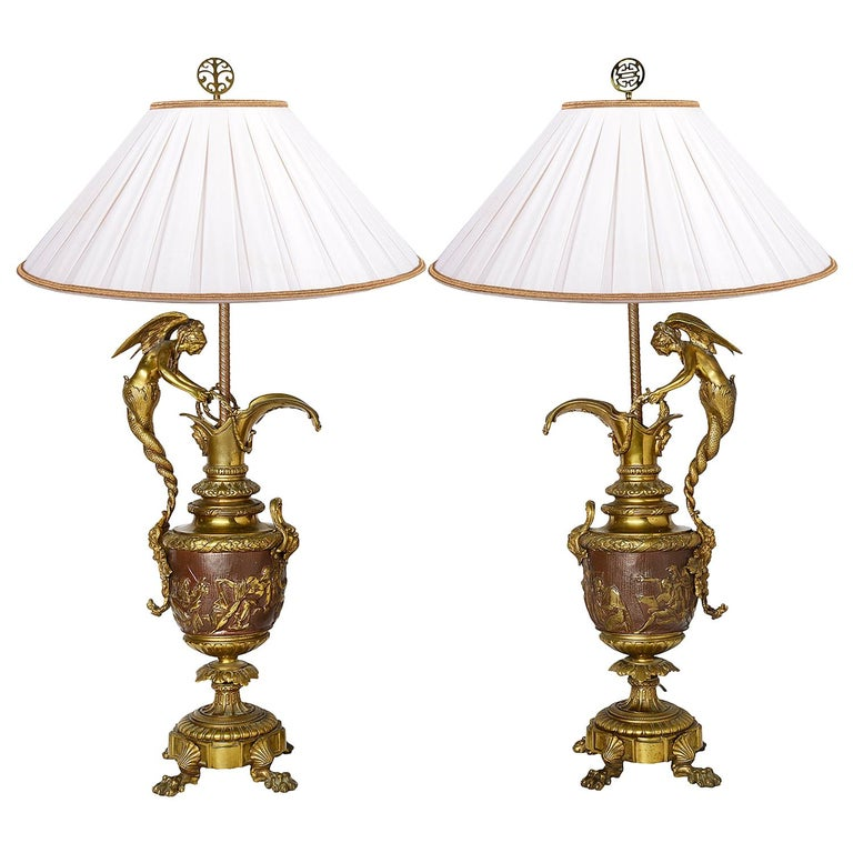 Pair of Neoclassical Bronze Ewer Lamps, 19th Century For Sale