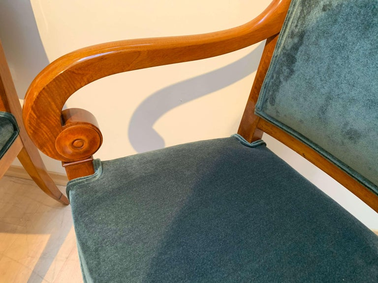 Pair of Neoclassical Armchairs, Walnut Solid, Green Velvet, France, circa 1830 For Sale 1