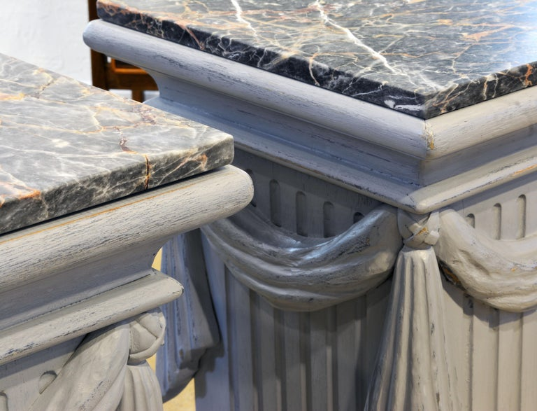 American Pair of Neoclassical Carved Gray Painted Gustavian Style Marble Top Pedestals For Sale
