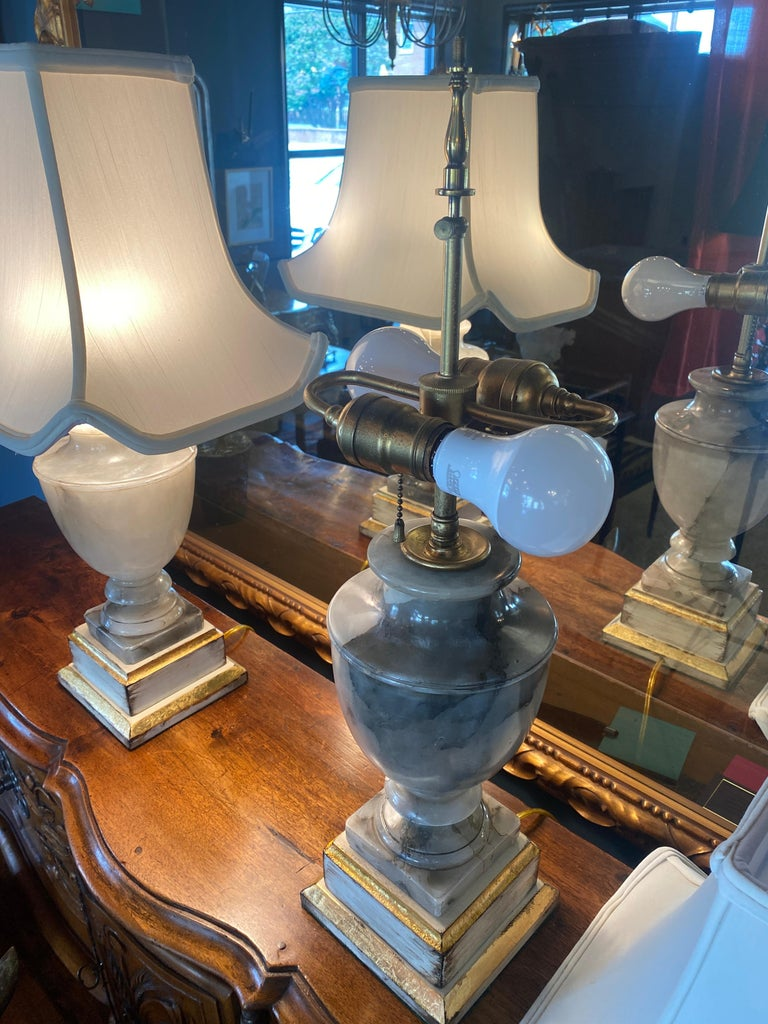 Hand-Carved Pair of NeoClassical Onyx Urn Form Table Lamps For Sale