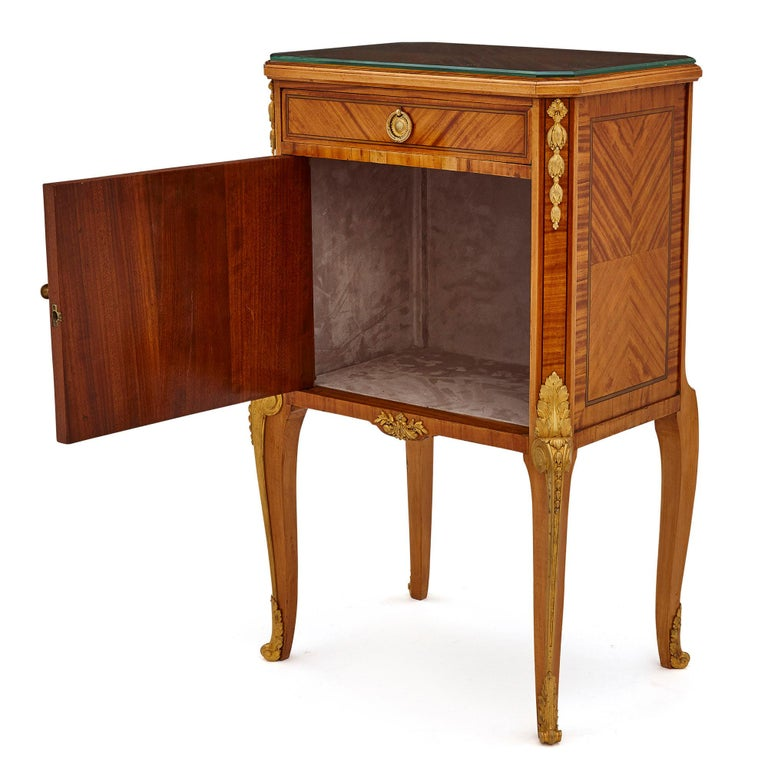 Parquetry Pair of Neoclassical Style Bedside Cabinets Retailed by Au Gros Chêne For Sale