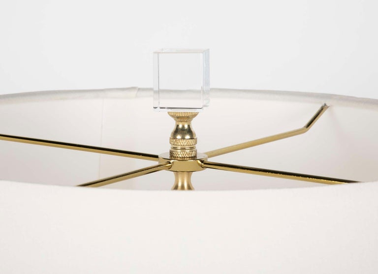 20th Century Pair of Neoclassical Style Mid Century Table Lamps on Lucite Bases For Sale