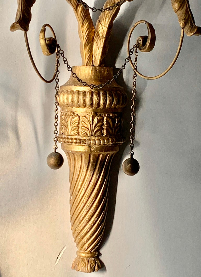 English Pair of Neoclassical Wall Sconces For Sale