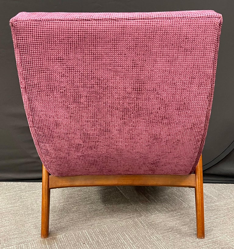 Pair of Newly Upholstered Mid-Century Modern Armchairs For Sale 3