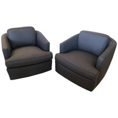 Pair of Newly Upholstered Mid-Century Modern Milo Baughman Style Swivel Chairs