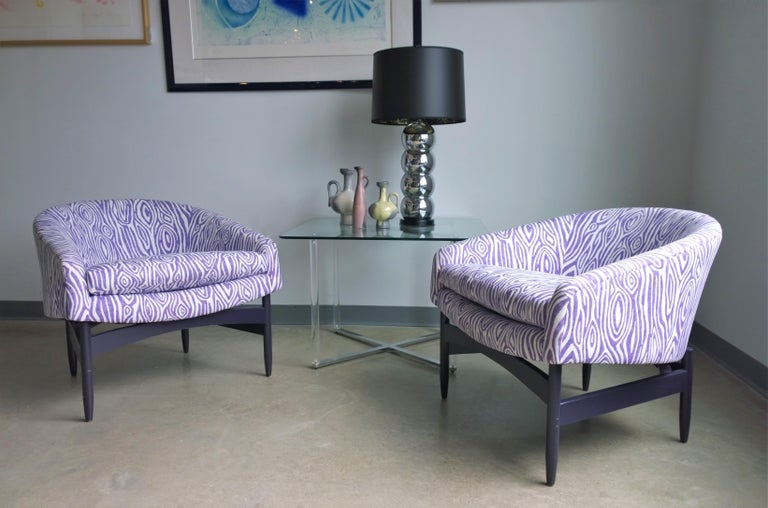 Pair of Newly Upholstered Purple & White Animal Print Barrel Back Lounge Chairs For Sale 12