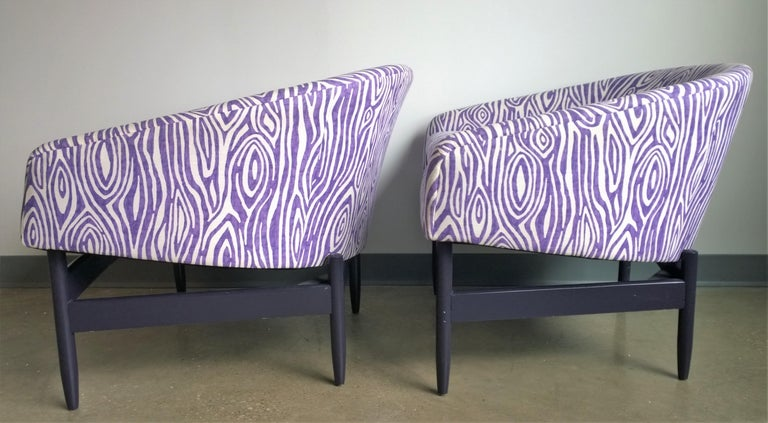 American Pair of Newly Upholstered Purple & White Animal Print Barrel Back Lounge Chairs For Sale
