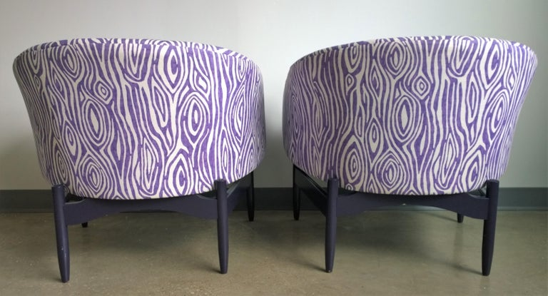 Lacquered Pair of Newly Upholstered Purple & White Animal Print Barrel Back Lounge Chairs For Sale