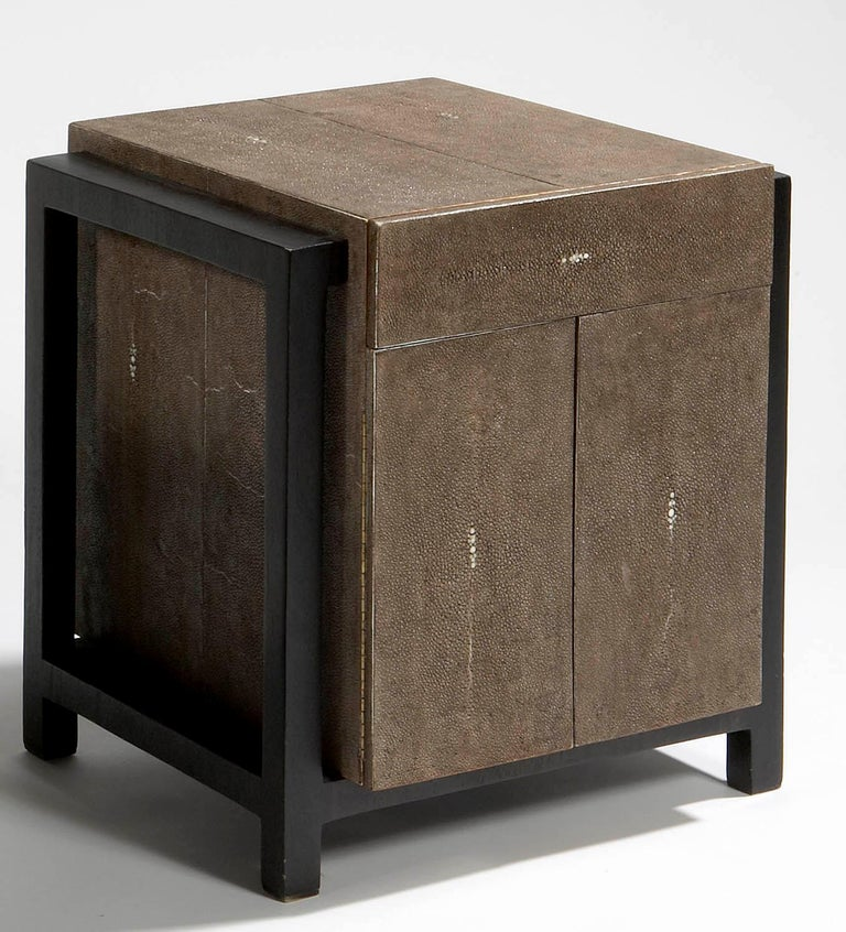 Pair of Nightstands by Ria and Youri Augousti, circa 1990 In Good Condition For Sale In Paris, FR