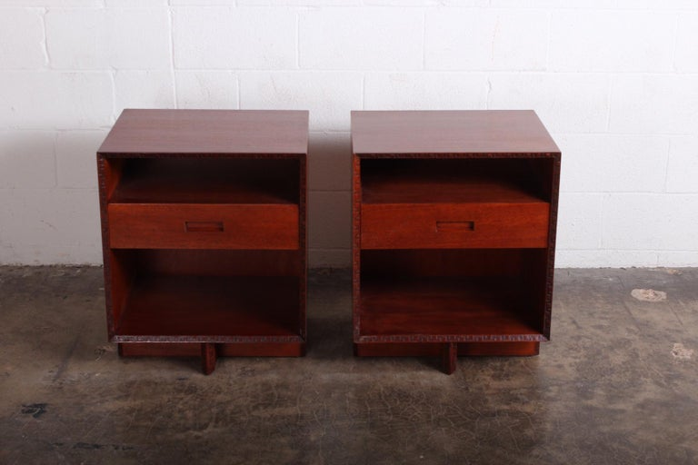 Pair of Nightstands by Frank Lloyd Wright for Henredon In Good Condition For Sale In Dallas, TX