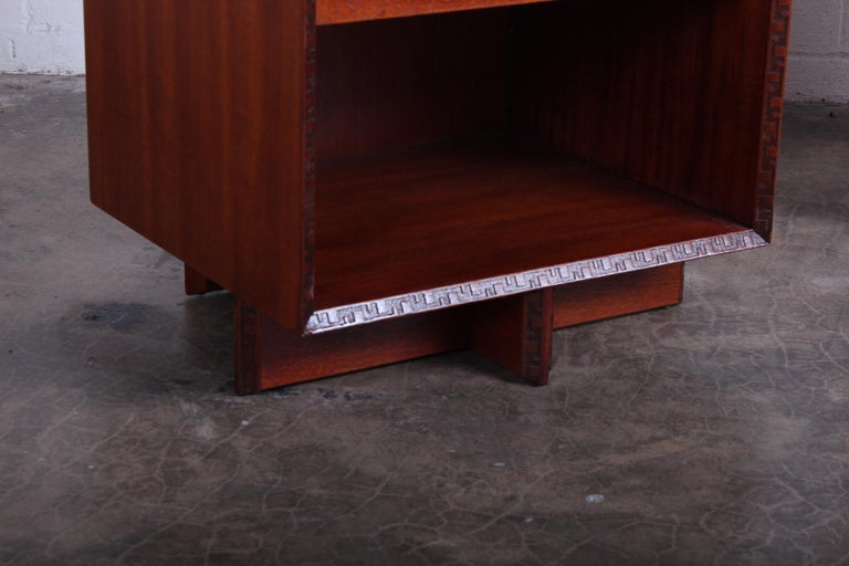 Pair of Nightstands by Frank Lloyd Wright for Henredon For Sale 2